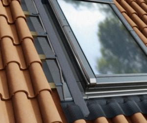 Kolnierz-H12-okno-w-dachu-do-katalogu_flat-300x250 H12 - for high profiled roofing material